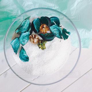 ガラスの器のDIY オブジェの写真・画像素材[1100676]
