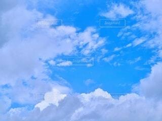 青空と雲の写真の写真・画像素材[4624169]
