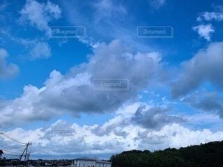 青空と雲の写真の写真・画像素材[4624171]