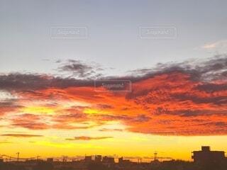 もうすぐ日が昇るの写真・画像素材[4799096]