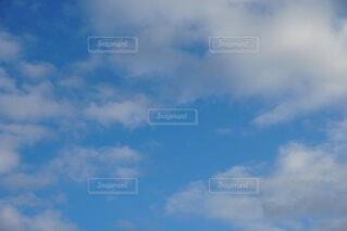 青空の雲の写真・画像素材[4574683]