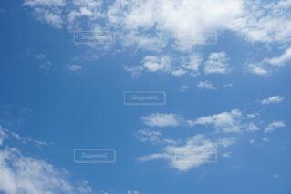 青空の雲の写真・画像素材[4604663]