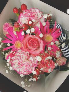 母の日のピンクの花束の写真・画像素材[4620388]