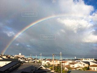 雨上がりの虹の写真・画像素材[4620396]