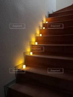 階段のライトアップの写真・画像素材[4672568]