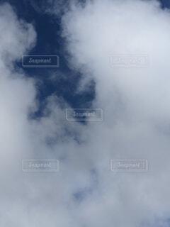 空の雲の写真・画像素材[4741977]