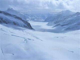 スイスの雪山の写真・画像素材[4798236]