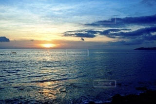 石垣島の夕陽の写真・画像素材[4653671]