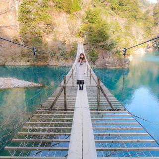 死ぬまでに1度は渡りたい吊り橋の写真・画像素材[1103592]