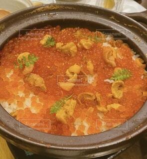 ウニとイクラのご飯の写真・画像素材[4658147]