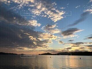 宮津湾の日の出の写真・画像素材[4641455]