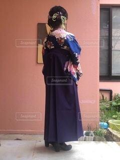 袴を着た女性の写真・画像素材[4873428]