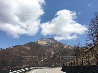 壮大な山の写真・画像素材[1201517]
