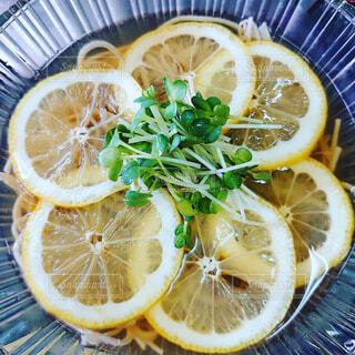 夏にぴったりレモン蕎麦の写真・画像素材[4659575]