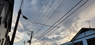 街中の夏の空の写真・画像素材[4679914]