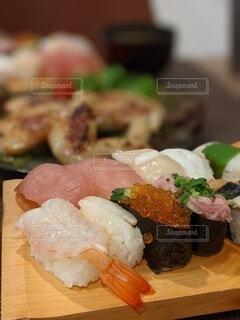今日の夕飯はお寿司だよの写真・画像素材[4923056]