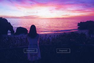 ピンクの空の写真・画像素材[990762]
