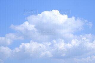 青空の雲の写真・画像素材[4668300]