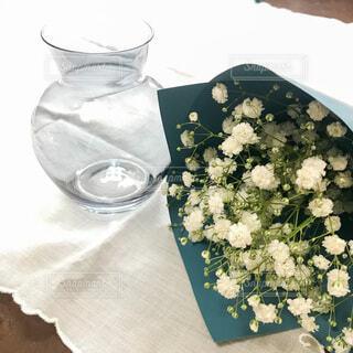 かすみ草の花束の写真・画像素材[4675987]