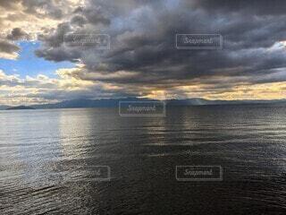 琵琶湖の夕焼けの写真・画像素材[4700618]