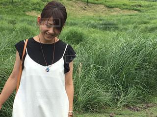 草原を散歩しています。の写真・画像素材[740255]