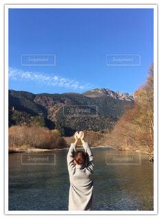 信州!旅行!ハートの石と私!の写真・画像素材[845079]