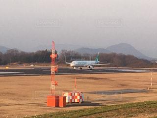 飛行機と滑走路!の写真・画像素材[1034686]