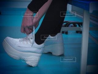 靴紐を結ぶの写真・画像素材[4686195]
