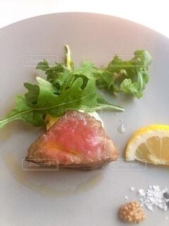 食べ物の皿の写真・画像素材[4689491]