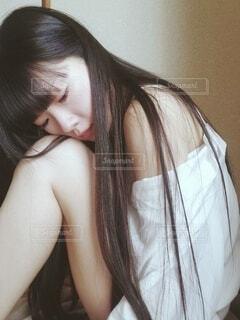 和室、髪の長い女性の写真・画像素材[4692879]