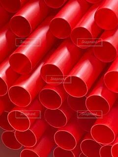 赤いストローのクローズアップの写真・画像素材[4770480]