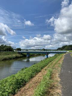 川と橋の風景の写真・画像素材[4699449]