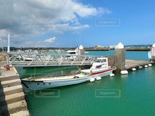 漁港の船の写真・画像素材[4709602]