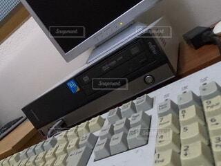 古いパソコンの写真・画像素材[4718521]