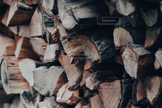薪の写真・画像素材[4731898]