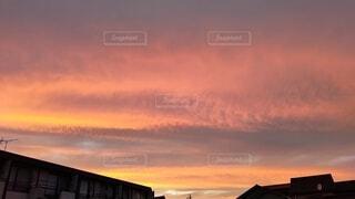 夕暮れの空って綺麗の写真・画像素材[4756678]