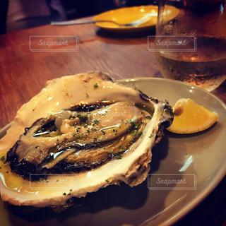 生牡蠣が1番。の写真・画像素材[1196692]
