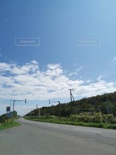 道路の側の標識の写真・画像素材[4774646]