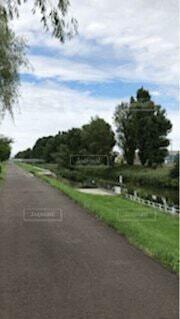 創成川の土手の写真・画像素材[4764471]