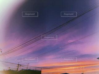 日没時の街の写真・画像素材[4758904]