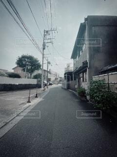 道路からの路地風景の写真・画像素材[4760314]
