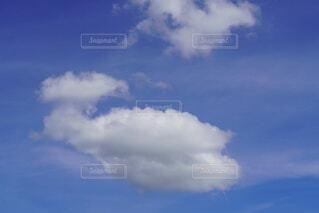 くじら雲の写真・画像素材[4760367]