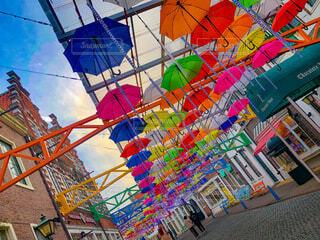 カラフルな傘の写真・画像素材[4925205]