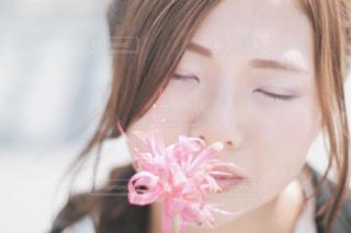 クローズ アップ撮影、selfie ピンクの髪を持つ女性の - No.736927
