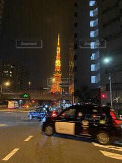 夜の東京タワーの写真・画像素材[4761823]
