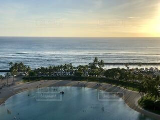 夕暮れ時のハワイの写真・画像素材[4763502]
