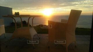 寝室から眺める夕日の写真・画像素材[4787271]