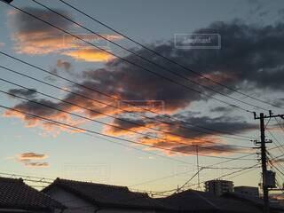 台風一過の朝焼けの写真・画像素材[4771130]