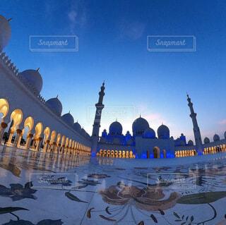 アラジンの世界 アブダビ のグランドモスクの写真・画像素材[4768503]
