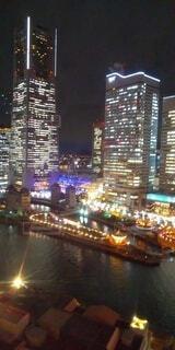 夜の都市の眺めの写真・画像素材[4768822]